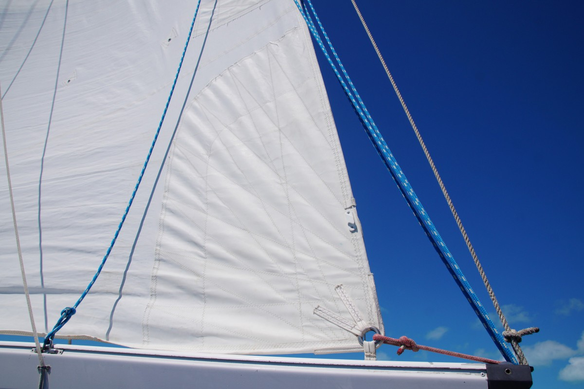 Grand-Voile / Main 3